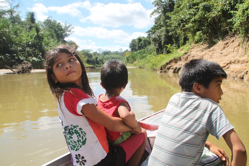 Crianças Kuntanawa